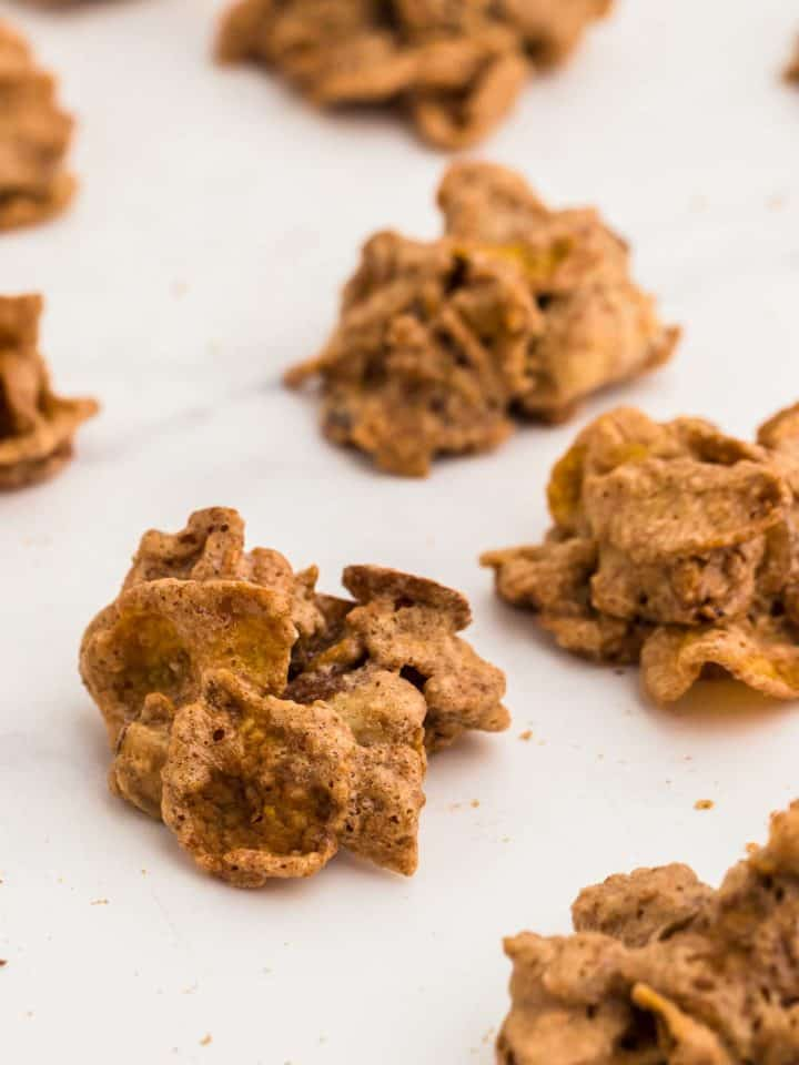 a batch of freshly baked cornflake cookies