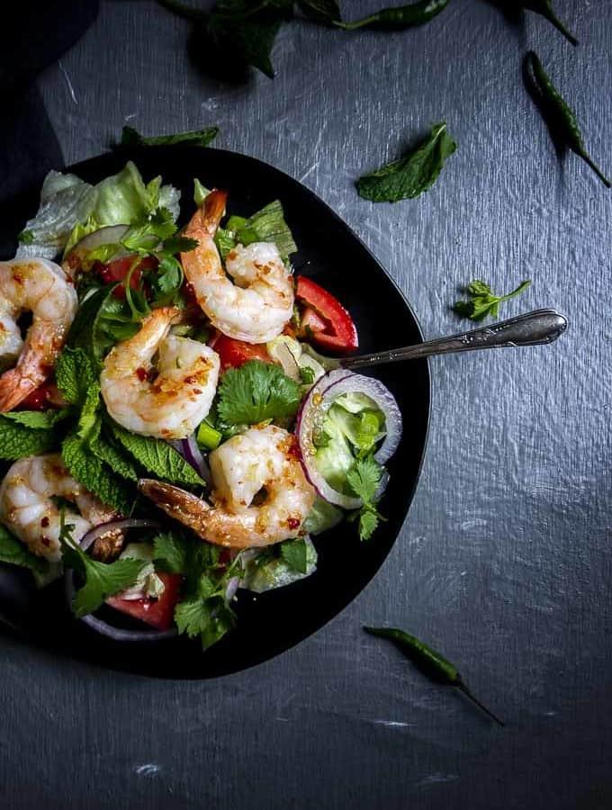 Spicy Thai Shrimp Salad | https://cheerfulcook.com/