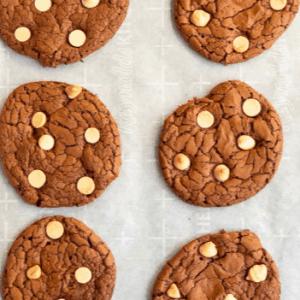 White Chocolate Chip Cookies